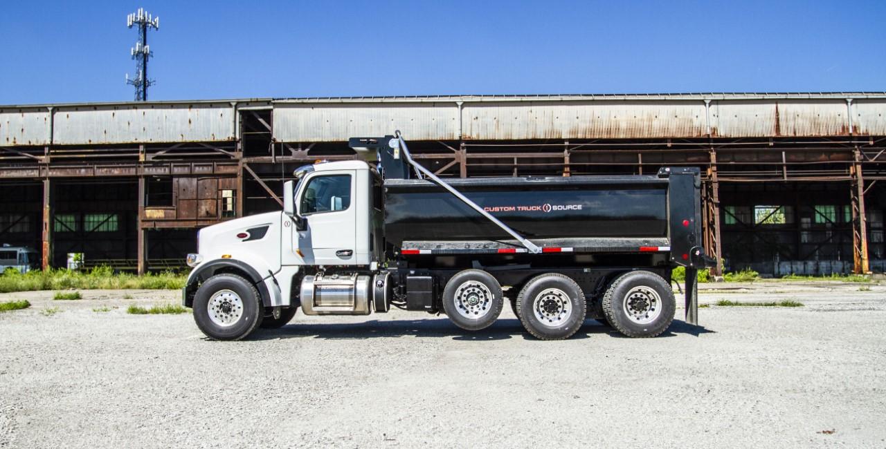 Load King 16 ft. Dump Truck on Peterbilt (7)