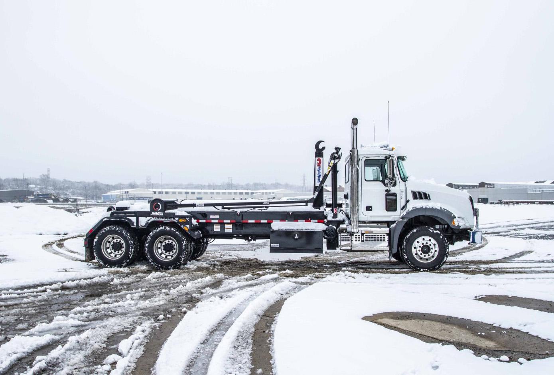 Hook Lift Hoist Roll-Off Truck
