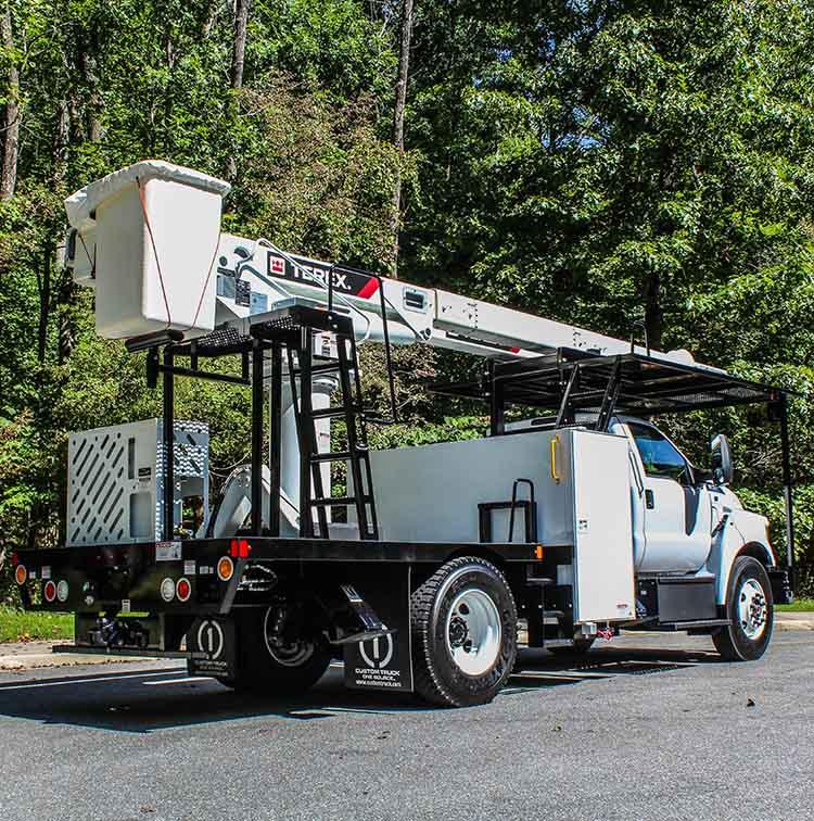 Forestry Bucket Truck - Rear Mount