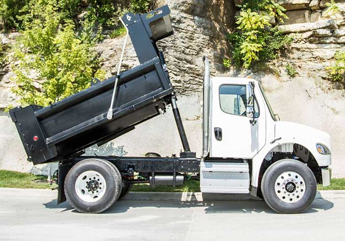 featured-image-dump-trucks-image-lk